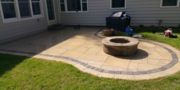 Travertine Patio with Fire Feature